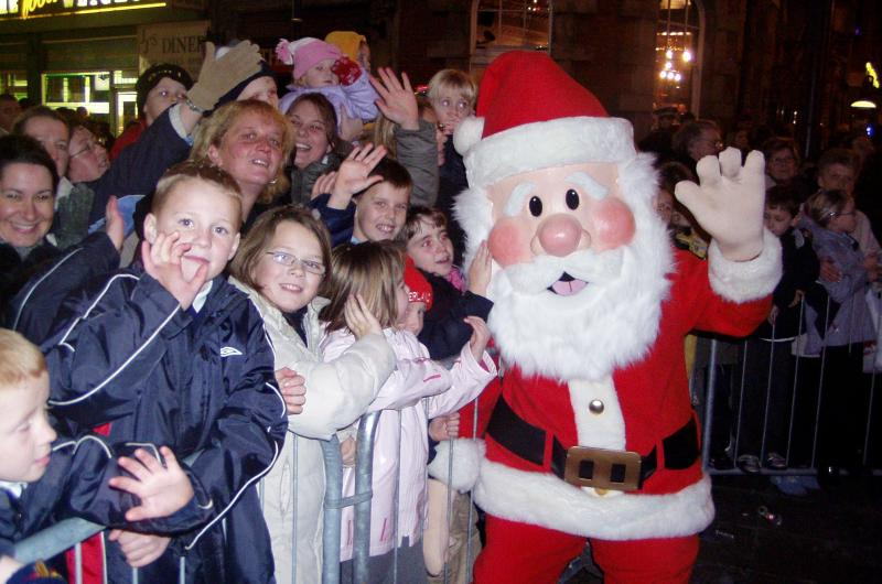 We have lots of different options for our Santa appearances, whether he's a walkabout performer, nice and cosy in his Christmas grotto, or a magical costume character.