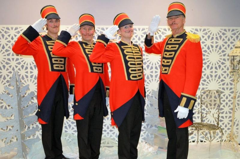 Our Toy Soldiers are increasingly popular additions to Christmas events. They can provide walkabout entertainment, or assistance to Christmas crowds by carrying heavy shopping!
