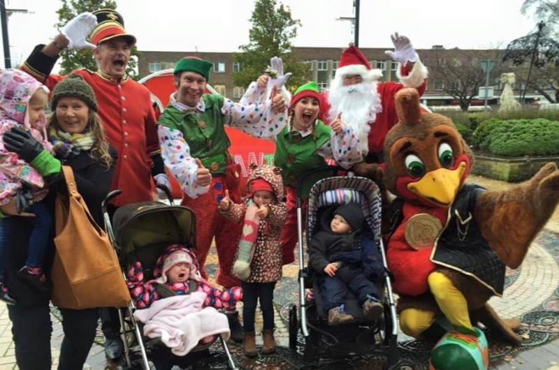 Despite the rain, there was a great crowd for the Shipley Christmas Launch - Santa in his sleigh led a parade of characters, and then the Elves and Rockin' Robin provided a pop-up panto show!