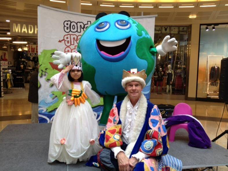 Q20-created 'Gordon the Globe' is Intu Uxbridge's mascot - we still perform with him lots!